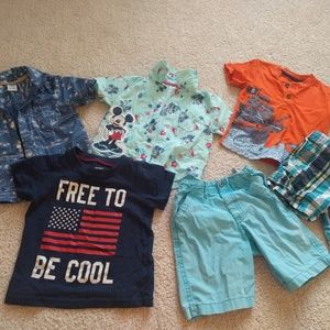 Bundle of 2T clothes (all fits like 2T)